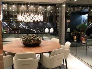 G.F Studio Design Bodegas de vino Negro