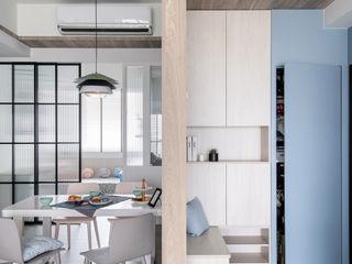 達譽設計 Pasillos, vestíbulos y escaleras de estilo escandinavo