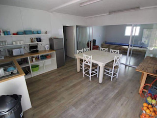 Container Rental and Sales (Pty) Ltd Rustic style kitchen