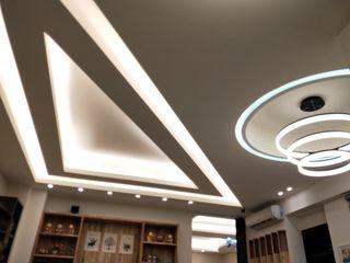 頂尖室內設計工程行 ミニマルな商業空間