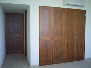 Maderaje Arquitectónico, S. A. de C.V. Dressing roomStorage