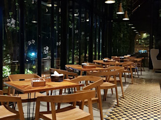 viku 餐廳 木頭 Brown