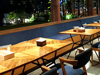 viku 辦公空間與店舖 木頭 Brown