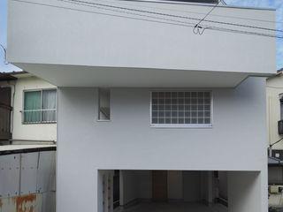 アトリエ スピノザ Maisons modernes Blanc