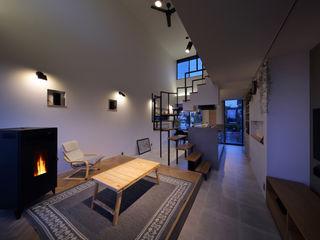 株式会社建築工房DADA Modern living room