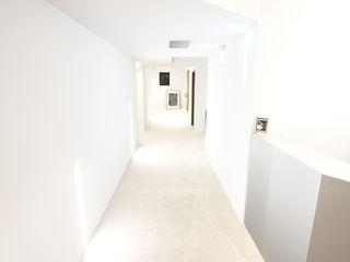 XY DESIGN - XY 設計 Готелі Білий