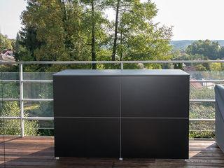 design@garten - Alfred Hart - Design Gartenhaus und Balkonschraenke aus Augsburg JardinMeubles Bois composite Noir