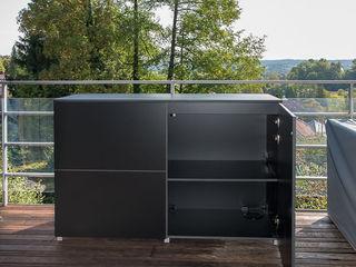 design@garten - Alfred Hart - Design Gartenhaus und Balkonschraenke aus Augsburg JardinMeubles Bois composite Rouge