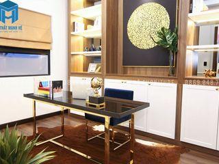 THI CÔNG TRANG TRÍ NỘI THẤT CĂN HỘ 3 PHÒNG NGỦ CỦA ANH LONG_CHUNG CƯ VINHOME CENTRAL PARK Công ty Cổ Phần Nội Thất Mạnh Hệ Phòng học/văn phòng phong cách hiện đại Wood effect