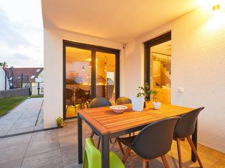 STRICK Architekten + Ingenieure Balcones y terrazas de estilo moderno
