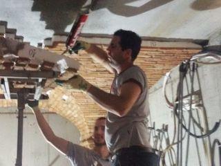 Trasformazione da Garage... a Cantina degustazione ShoWine Cantina in stile rustico