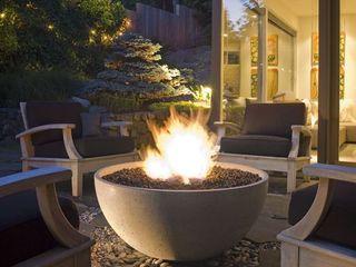 Grupo Cinco Chimeneas Balconies, verandas & terraces Accessories & decoration Concrete Grey
