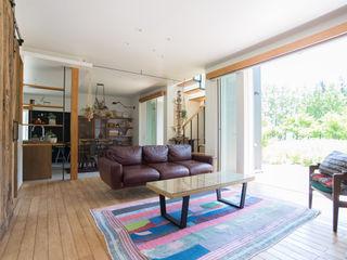タイラヤスヒロ建築設計事務所 Industrial style living room