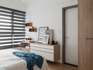 簡潔清爽的北歐風臥室–Yoka 遮光斑馬簾 MSBT 幔室布緹 窗戶與門窗戶 布織品 Grey