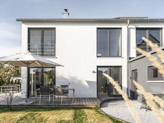 Individuell geplantes Traumhaus mit vielen Highlights innen wie außen wir leben haus - Bauunternehmen in Bayern Einfamilienhaus