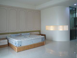 三樓主臥室 houseda 小臥室 木頭 White
