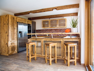 Küche II edictum - UNIKAT MOBILIAR KücheAufbewahrung und Lagerung Holz Orange