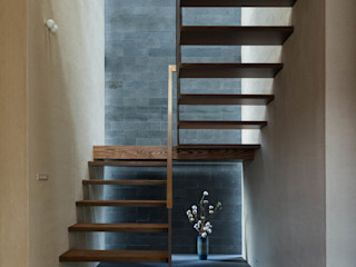 株式会社 上町研究所 Stairs Stone Grey