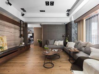 宸域空間設計有限公司 Salas de estar modernas Cinza
