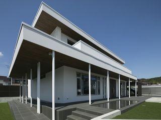 株式会社横山浩介建築設計事務所 Casas modernas: Ideas, imágenes y decoración