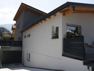 Casa in legno - provincia di Bergamo BENDOTTI ZAMBONI Tecnici Associati Case moderne