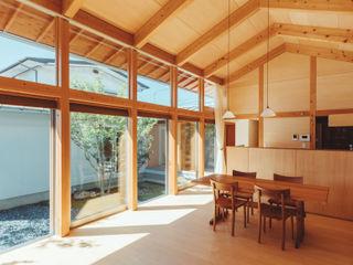 稲山貴則 建築設計事務所 Asian style dining room Wood Wood effect