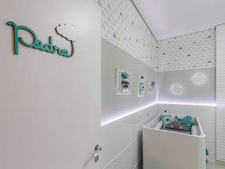 Samantha Sato Designer de Interiores Chambre bébé Gris