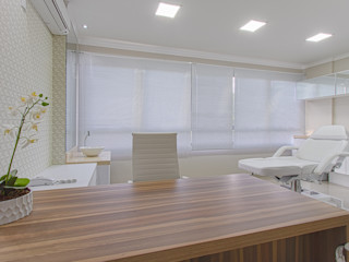 Samantha Sato Designer de Interiores Cliniques modernes Blanc
