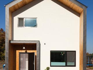 위드하임 Withheim 現代風玄關、走廊與階梯 木頭 White
