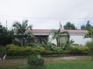 Hincapie Idarraga Estudio Country house Concrete White