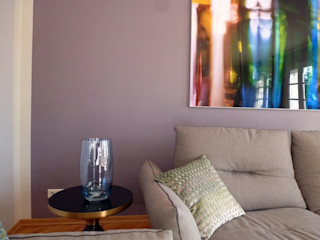 Eine hochwertig möblierte Wohnung bekennt Farbe R A U M A N S I C H T E N : Einrichtungsberatung