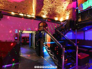 Moreno Licht mit Effekt - Lichtplaner Bars & clubs originaux Calcaire Violet