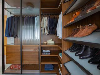 Regina Dijkstra Design Modern Dressing Room