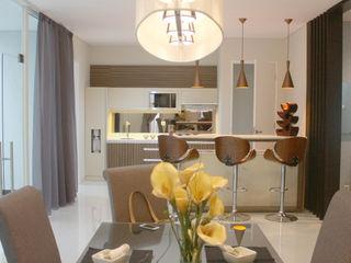 Rumah Raffles Hills Cibubur Exxo interior Ruang Makan Modern