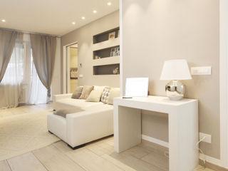 Andrea Orioli Livings de estilo moderno Beige