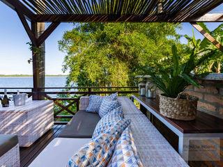 Terraço Casa Rústica - Por Patrícia Nobre Patrícia Nobre - Arquitetura de Interiores Varandas, alpendres e terraços tropicais
