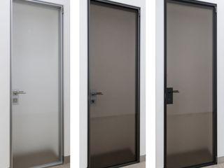 WITHJIS(위드지스) Escritórios modernos Alumínio/Zinco Preto