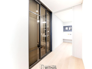 WITHJIS(위드지스) Corredores, halls e escadas modernos Alumínio/Zinco Castanho