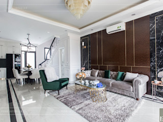 ICON INTERIOR Salas de estilo clásico