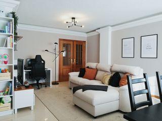 YS PROJECT DESIGN WohnzimmerSofas und Sessel Textil Braun