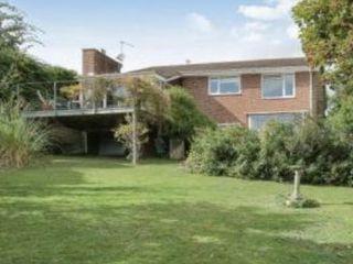 Cascade house STAAC Landhaus Ziegel Rot