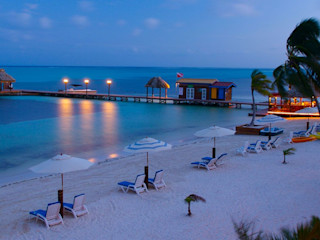 LX Belize Real Estate Bangalôs