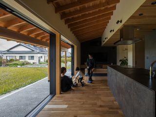 terasho house ALTS DESIGN OFFICE 和風デザインの リビング