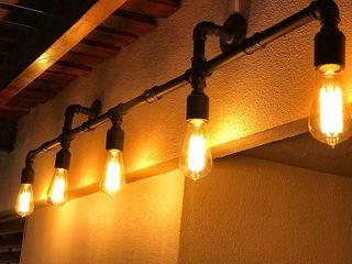 Lamparas de Pared de Diseño Industrial Vintage Argentina Vieja Eddie Lamparas Vintage Vieja Eddie Pasillos, vestíbulos y escaleras Iluminación Hierro/Acero Negro
