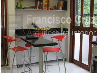 Francisco Cruz Arquitectura Interior Built-in kitchens Granite Grey