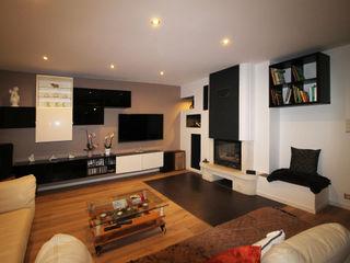 Agence ADI-HOME Ruang Keluarga Modern Komposit Kayu-Plastik White