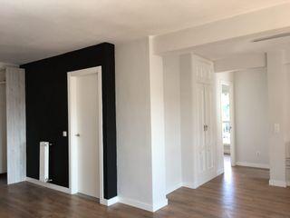 Reformadisimo industrial style corridor, hallway & stairs