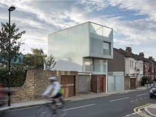 Slip House Brixton - RIBA Award Winner Building With Frames Prefabricated home