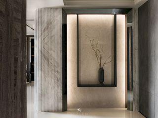 瀞若.覓謐  Sequestered Reality 理絲室內設計有限公司 Ris Interior Design Co., Ltd. 現代風玄關、走廊與階梯
