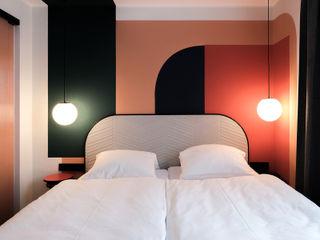 LOVA Modern hotels Glass Red